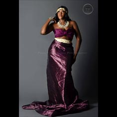 Valerie Lee - Plus size runway and fashion model